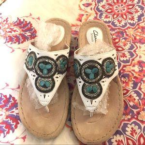 Clark's Artisian Boho Beaded Sandals -8M beaded
